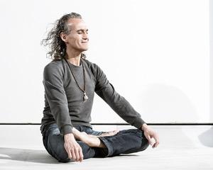 Ретрит «Urban meditation retreat» с Ulises Calatayud